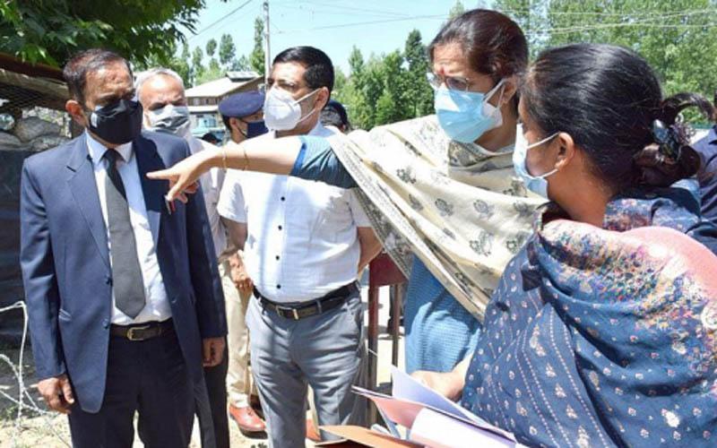 Jammu and Kashmir: Justice Sindhu Sharma visits Court Complex Budgam