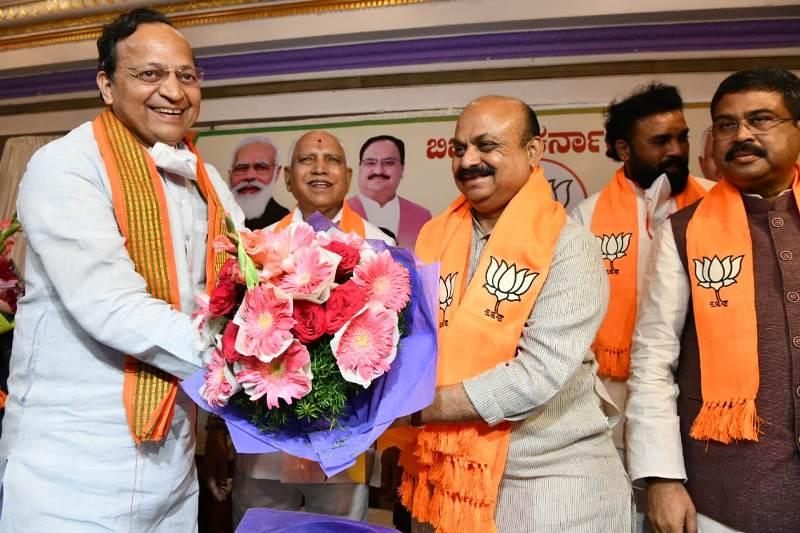 BJP picks up Basavaraj Bommai as new Karnataka CM, Yediyurappa congratulates his successor