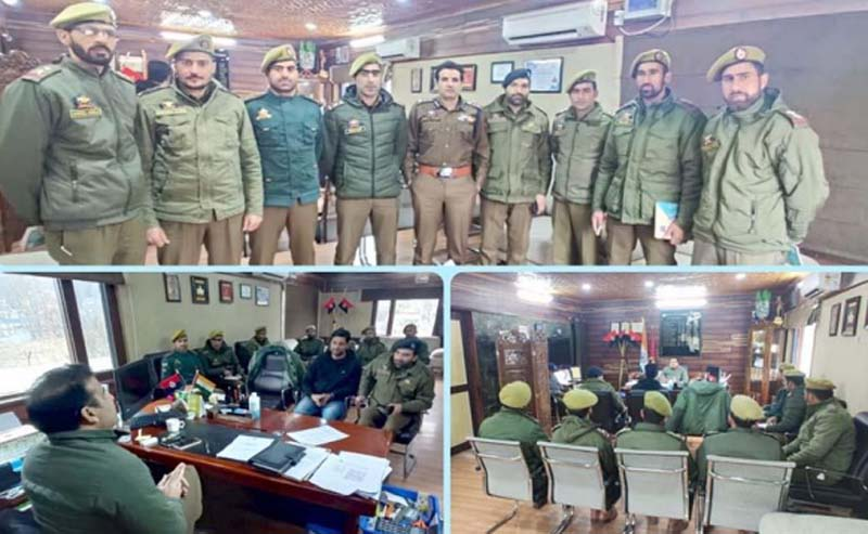 Jammu and Kashmir: SSP Ganderbal holds meet with newly-posted PSIs