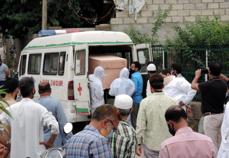 Delhi govt caps ambulance service rates for Covid patients, announces 'strict action' for violators