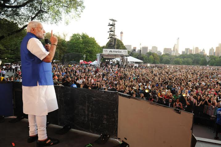 Modi reaches out to youths at New York rock concert
