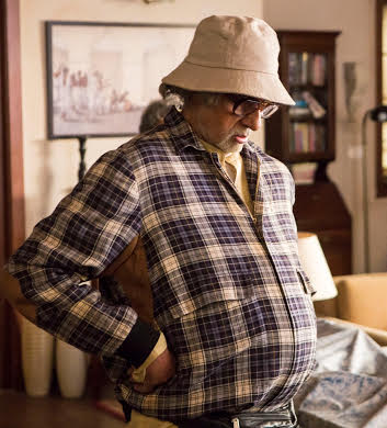 First Look: Amitabh Bachchan's family pack in Piku