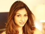 Tanishaa launches Facebook page