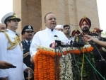 Jaitley, Army Chief salute Kargil heroes at Amar Jawan Jyoti