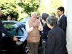 Japan: PM Modi plays drums
