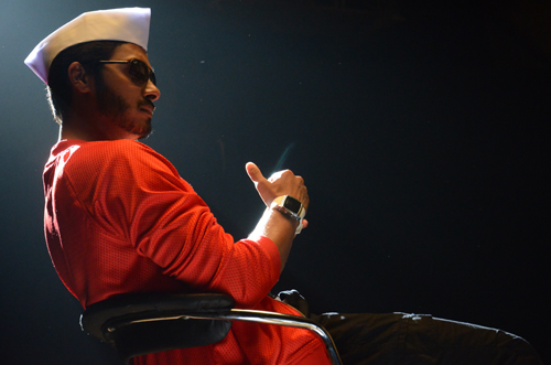 Shreyas to feature in 'Poshter Boyz' item song