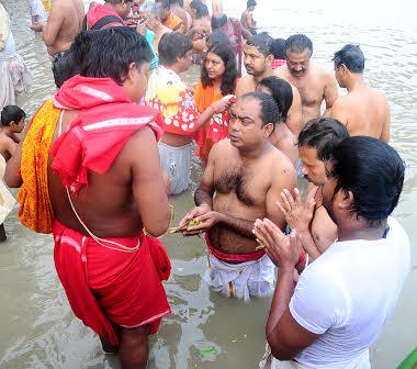 Mahalaya ushers in Durga Puja countdown