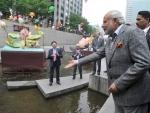 Narendra Modi at the Cheonggyecheon Stream