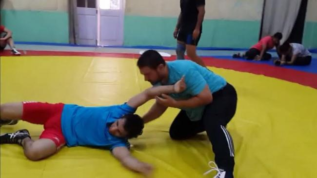 Aamir learns new move for 'Dangal'