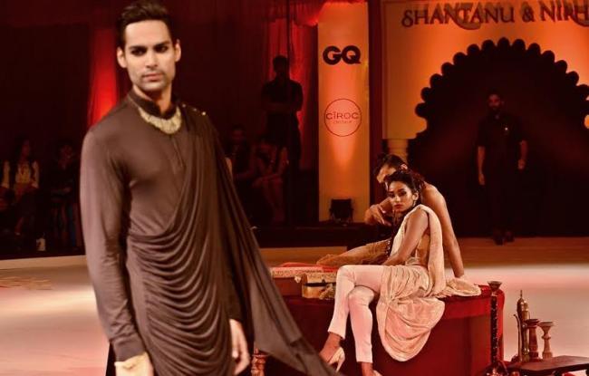 Shantanu & Nikhil showcase fashion festival in Kolkata