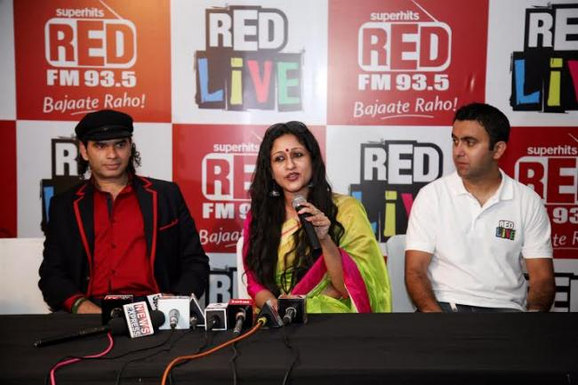 Atif Aslam, Mohit Chauhan performs together