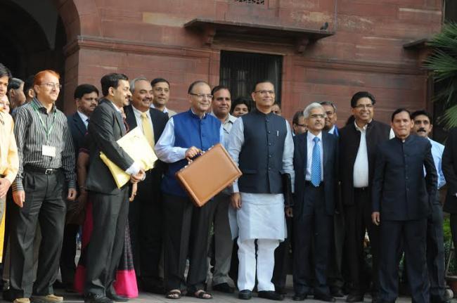 Arun Jaitley presents General Budget