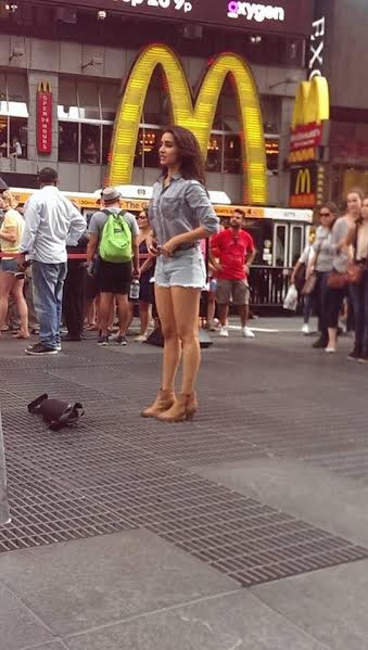 Shraddha Kapoor takes over streets of New York for Half Girlfriend