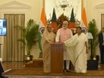 Prime Minister Narendra Modi, Prime Minister of Bangladesh Sheikh Hasina and the Chief Minister of West Bengal Mamata Banerjee at Hyderabad House