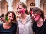 Foreigners soak in Holi spirit in India