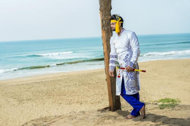 Dolliz Kasba of Kolkata launches Holi fashion collection