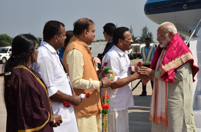 PM Modi visiting Karnataka, offers prayers at Dharmasthala temple