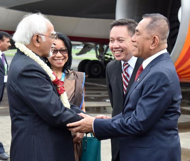 Manohar Parrikar addressing the inaugural ceremony of the RKSP New School Building, in Darjeeling