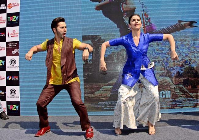 Alia, Varun promote Badrinath Ki Dulhaniya in Kolkata