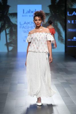 LFW: Disha Patani walks down ramp for Ritu Kumar