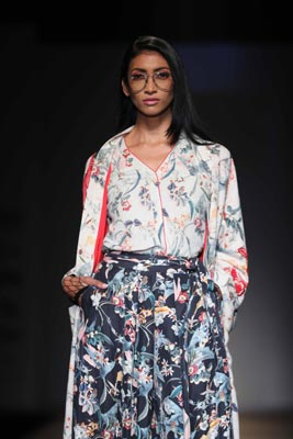 Vineet Bahl displays collection at Amazon India Fashion Week