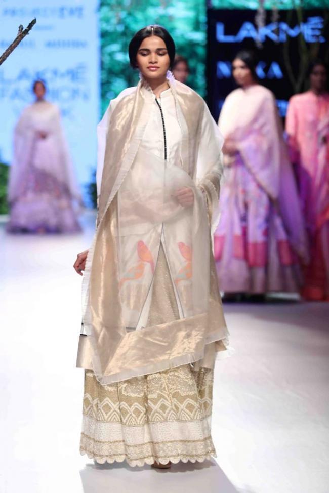 Shraddha Kapoor walks the ramp for Rahul Mishra In Lakme Fashion Week