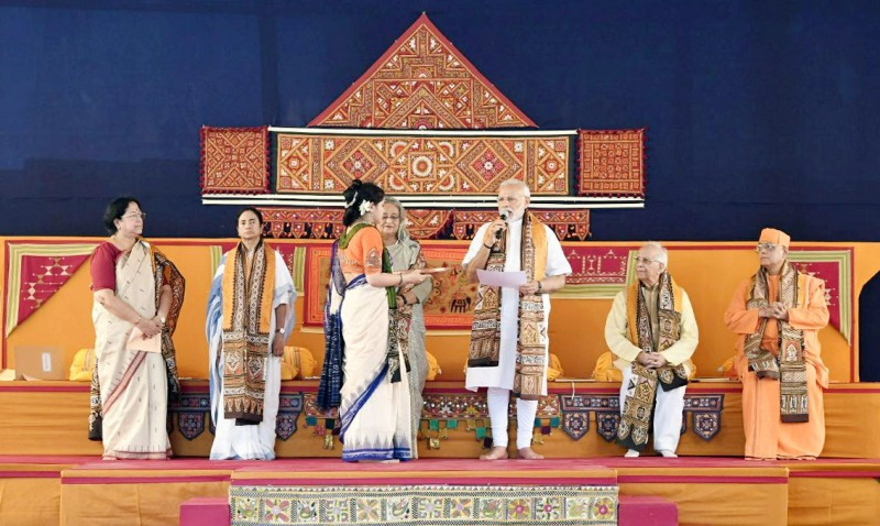 Modi-Mamata-Hasina share stage at Visva Bharati events