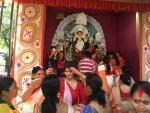 Kolkatans celebrate Vijaya Dashami wIth Sindur Khela