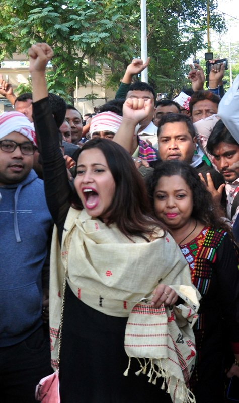 Assamese actress shouts slogans while protesting against CAB