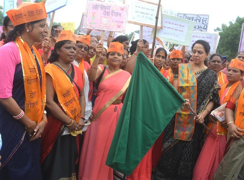 Hema Malini inaugurates Nutrition Rally in Mathura