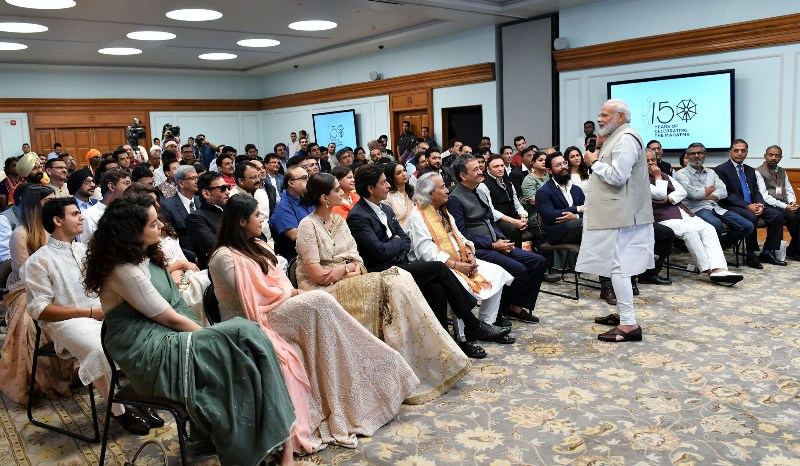 Modi's evening date with Bollywood celebrities