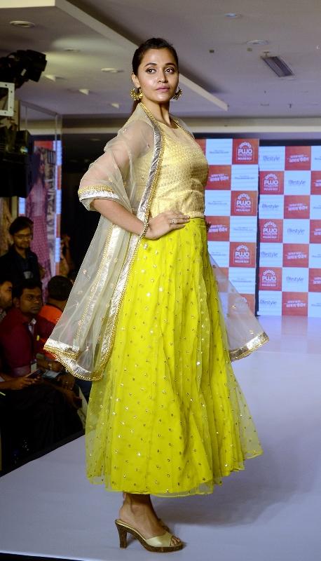 Kolkata: Mouni Roy unveils Lifestyle's 'Pujo Collection'