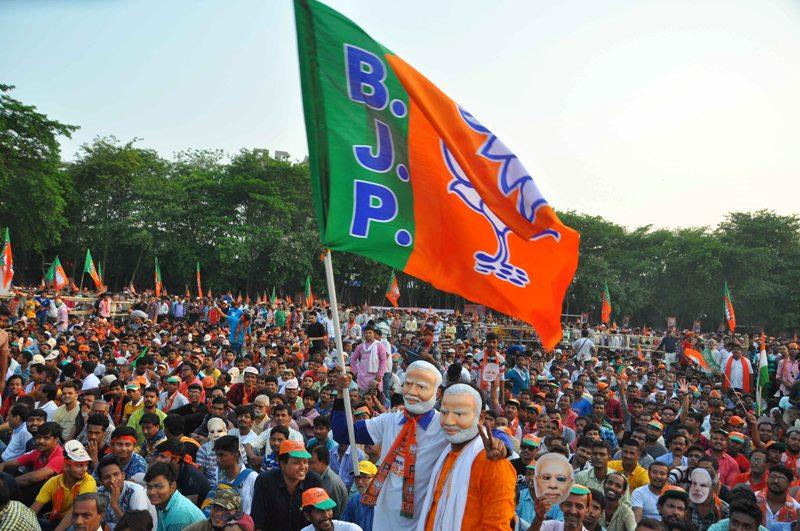 PM Modi addresses election rally in Kolkata