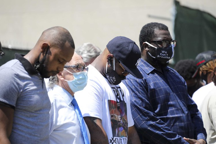 George Floyd's memorial service attended by dead black man's brother