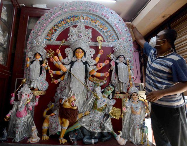 Goddess Durga idol ready to be deported