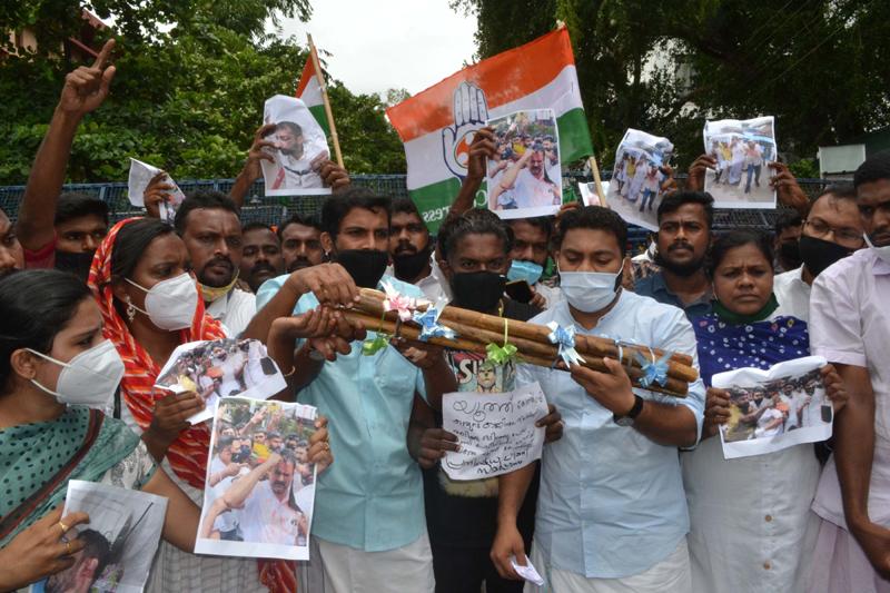 Congress protests in Thiruvananthapuram