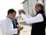 JAIPUR, JAN 28 (UNI):- Rajasthan Chief Minister Ashok Gehlot welcomes Congress MP Rahul Gandhi on his arrival to address a Congress rally in Jaipur on Tuesday.