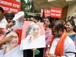 BJP MLA Captain Tamil Selvan protest in Mumbai against attack on party President J P Nadda's convoy in West Bengal
