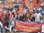 Farm Bill 2020: CPI(ML) activists shout slogan in Ranchi