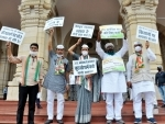 Congress leaders protest against the law and order situation in Uttar Pradesh