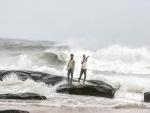Cyclone Nivar to cross coast between Karaikal and Mamallapuram