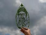 Leaf artist Subham Saha creates Bachchan's portrait