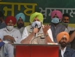Amarinder Singh addressing during a protest against the recent farm reform bills