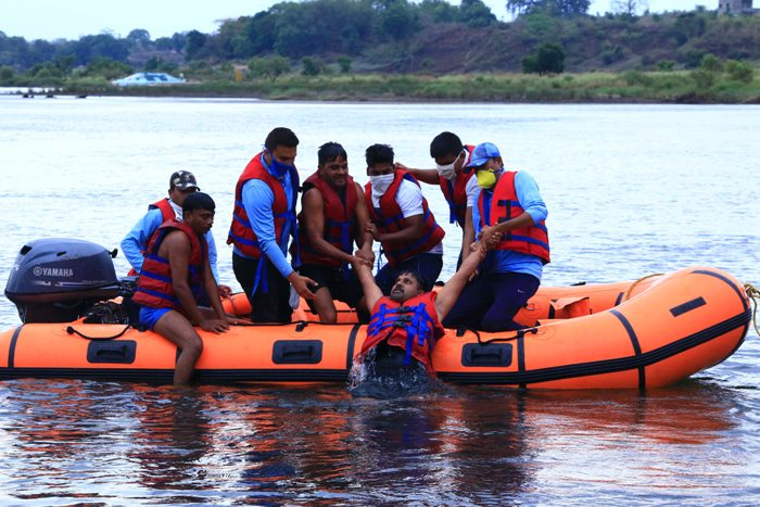 Home Guards, Civil Defence Personnel hold mock drill on Life Saving Skills in Narmada River ahead of the arrival of monsoon in Jabalpur
