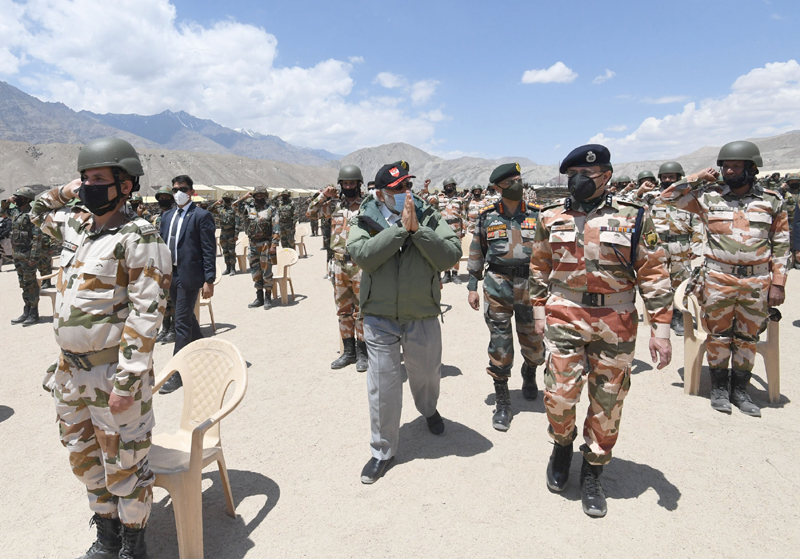 Modi makes surprise visit to Ladakh, exhorts soldiers amid China-border tension