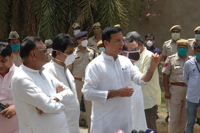 Congress spokesperson Randeep Singh Surjewala, others arrive to address press conference