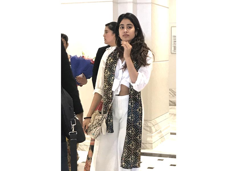 Actress Janhvi Kapoor arrives in Kolkata