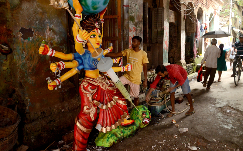 Kolkata gears up for Durga Puja in the time of corona