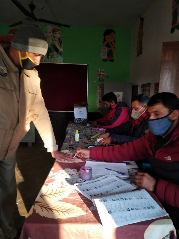 Panchayat polls underway in Himachal Pradesh's Hamirpur