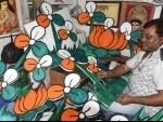 Kolkata: Kumartuli artists prepare cutouts of political parties